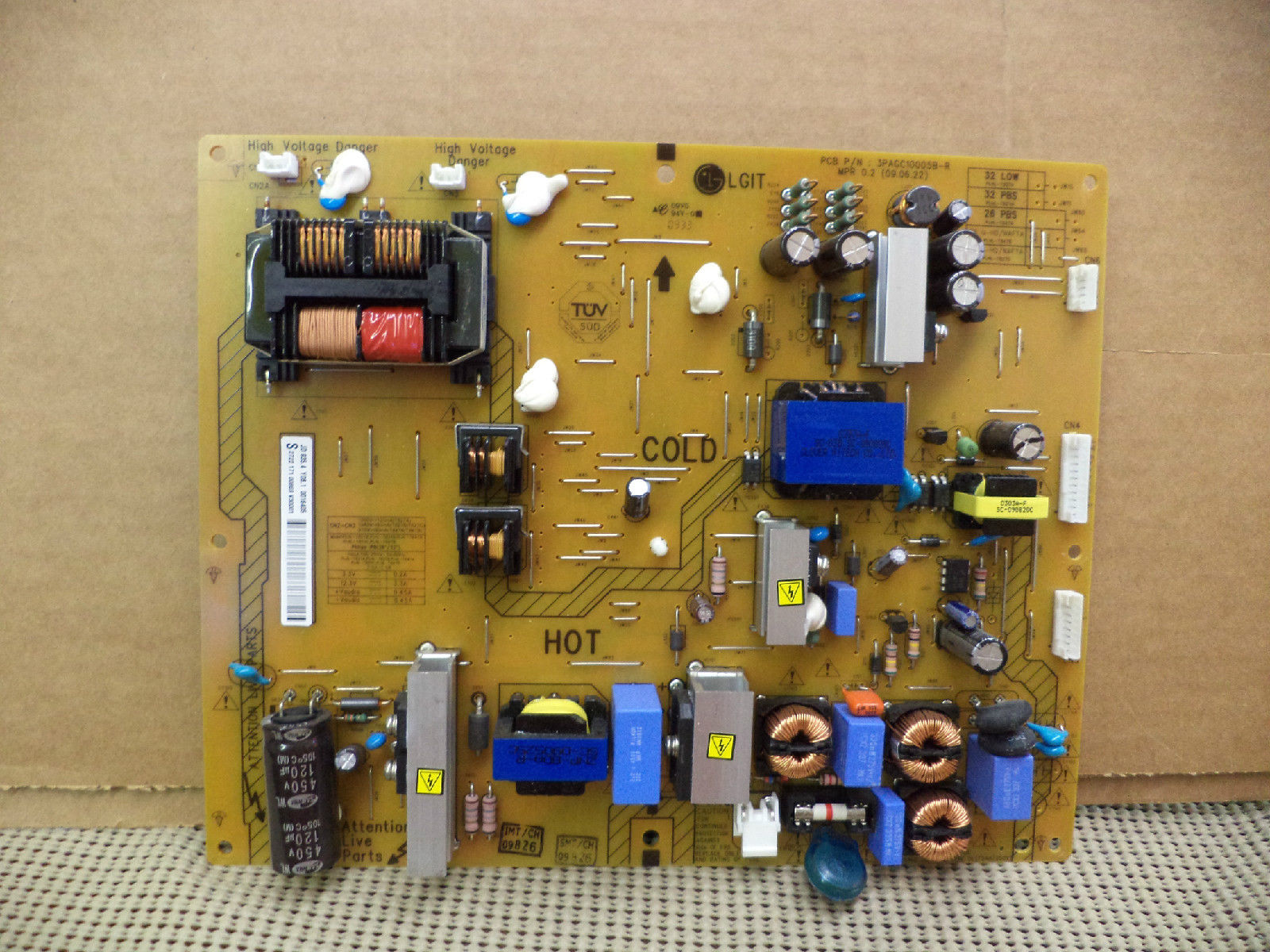 272217100869 POWER SUPPLY/BACKLIGHT INVERTER 3PAGC10005B-R