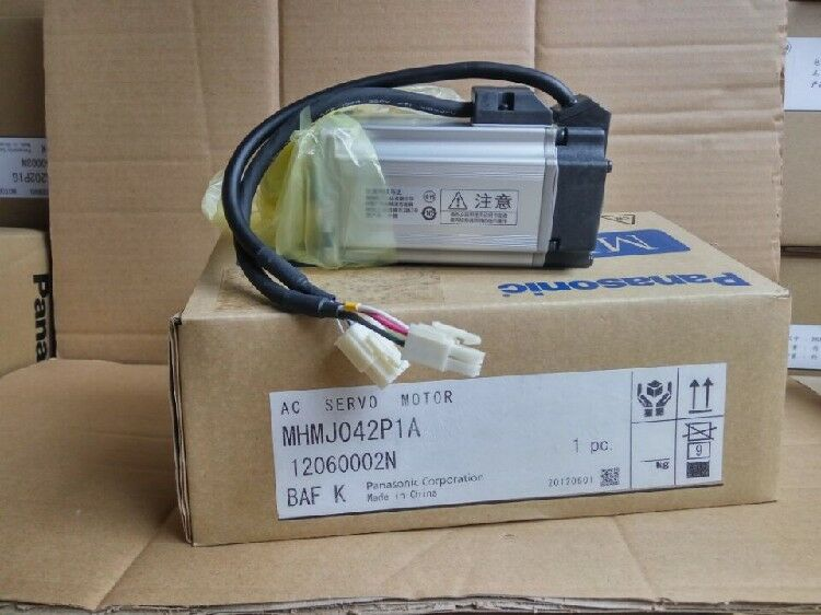1PC PANASONIC AC SERVO MOTOR MHMJ042P1A NEW ORIGINAL EXPEDITED SHIPPING