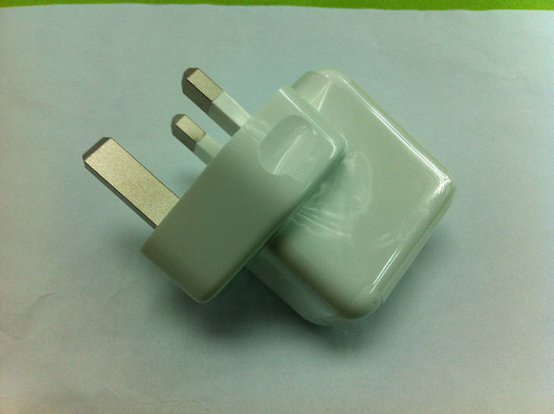 UK PLUG 10W USB AC Power Adapter for Apple iPad - iPad 2, Replac