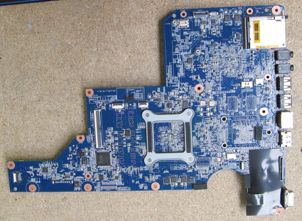 Laptop motherboard for HP G62 P/N:597674-001 AMD/DDR3/Integrated