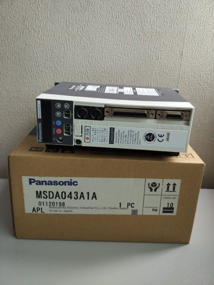 100% NEW PANASONIC Servo drive MSDA043A1A in box