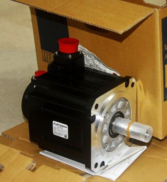 100% NEW Mitsubishi SERVO MOTOR HC-SF352B in box HCSF352B