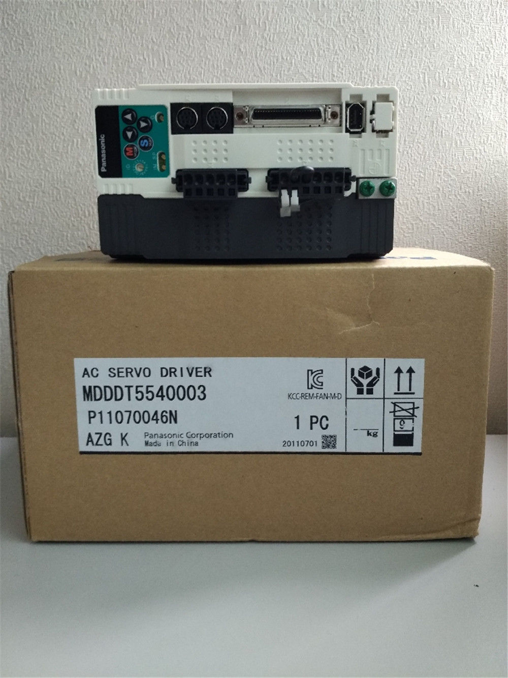 BRAND NEW PANASONIC AC Servo drive MDDDT5540003 in box