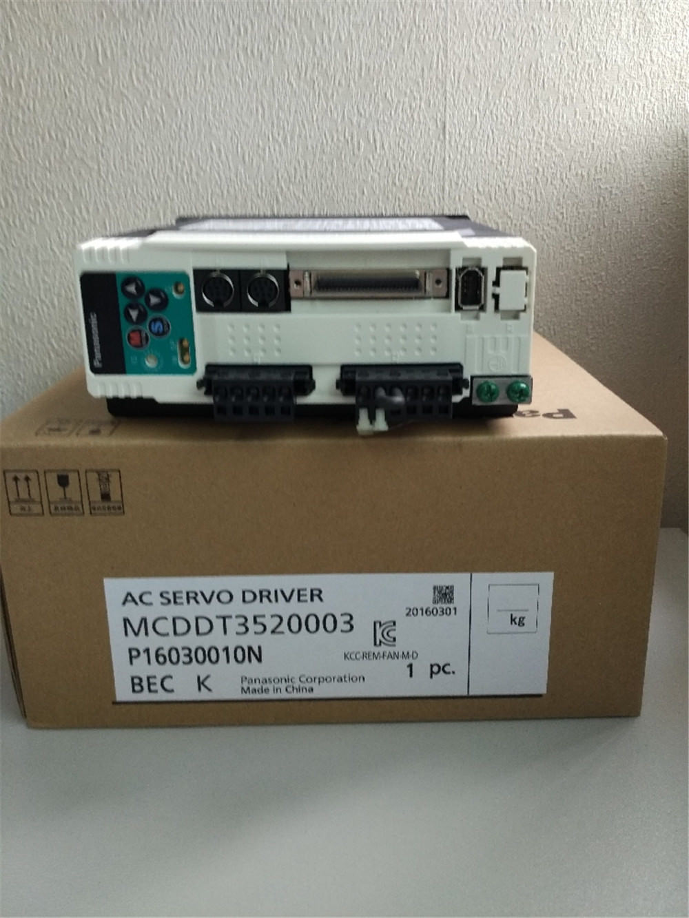 100% NEW PANASONIC AC Servo drive MCDDT3520003 in box