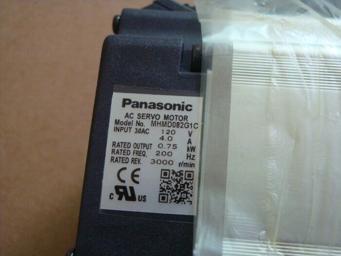 1PC PANASONIC AC SERVO MOTOR MHMD042P1V NEW ORIGINAL EXPEDITED SHIPPING