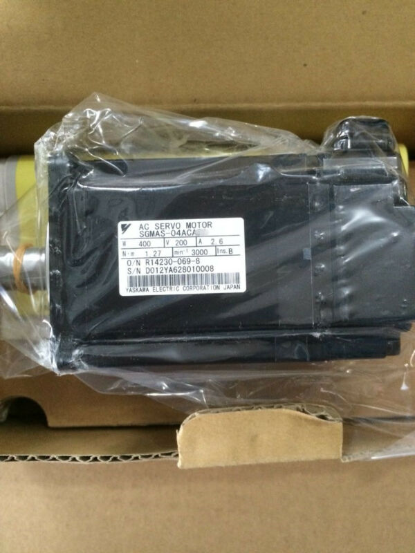 1PC YASKAWA AC SERVO MOTOR SGMAS-04ACA41 NEW ORIGINAL EXPEDITED SHIPPING