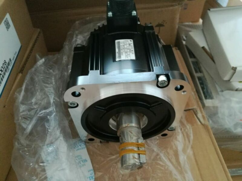 YASKAWA AC SERVO MOTOR SGMGV-13A3C61 NEW ORIGINAL EXPEDITED SHIPPING
