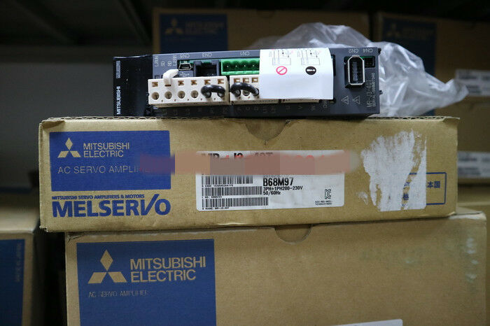 NEW MITSUBISHI AC SERVO DRIVER MR-J3-40T MRJ340T EXPEDITED SHIPPING