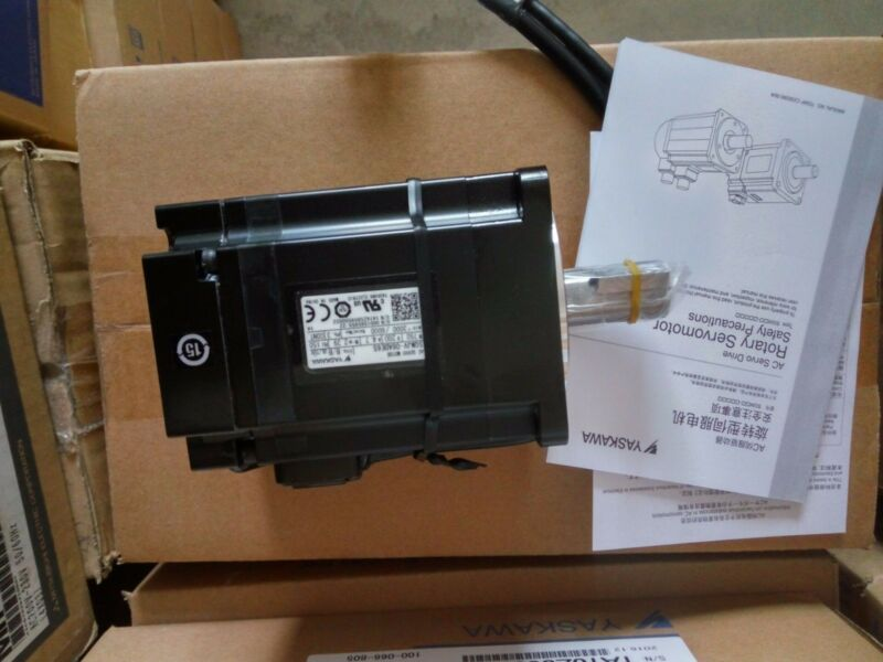 1PC NEW ORIGINAL YASKAWA AC SERVO MOTOR SGMJV-08ADE6S EXPEDITED SHIPPING