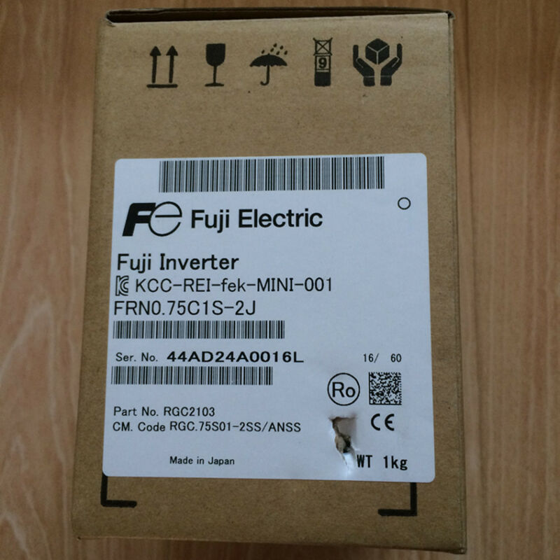 FUJI FRN0.75C1S-2J NEW SEALED1PCS