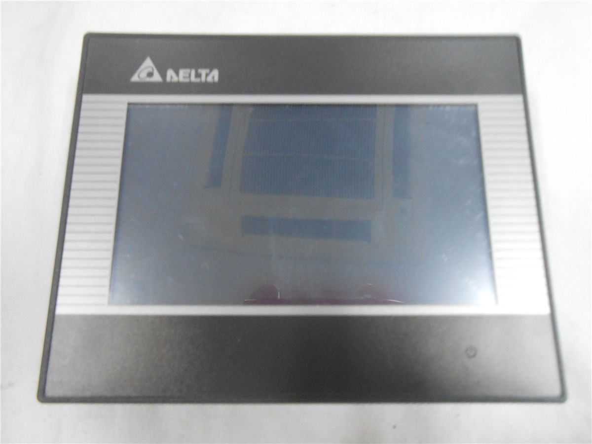 DOP-B03S211 Delta HMI Touch Screen 4.3inch 480*272 with program cable ne