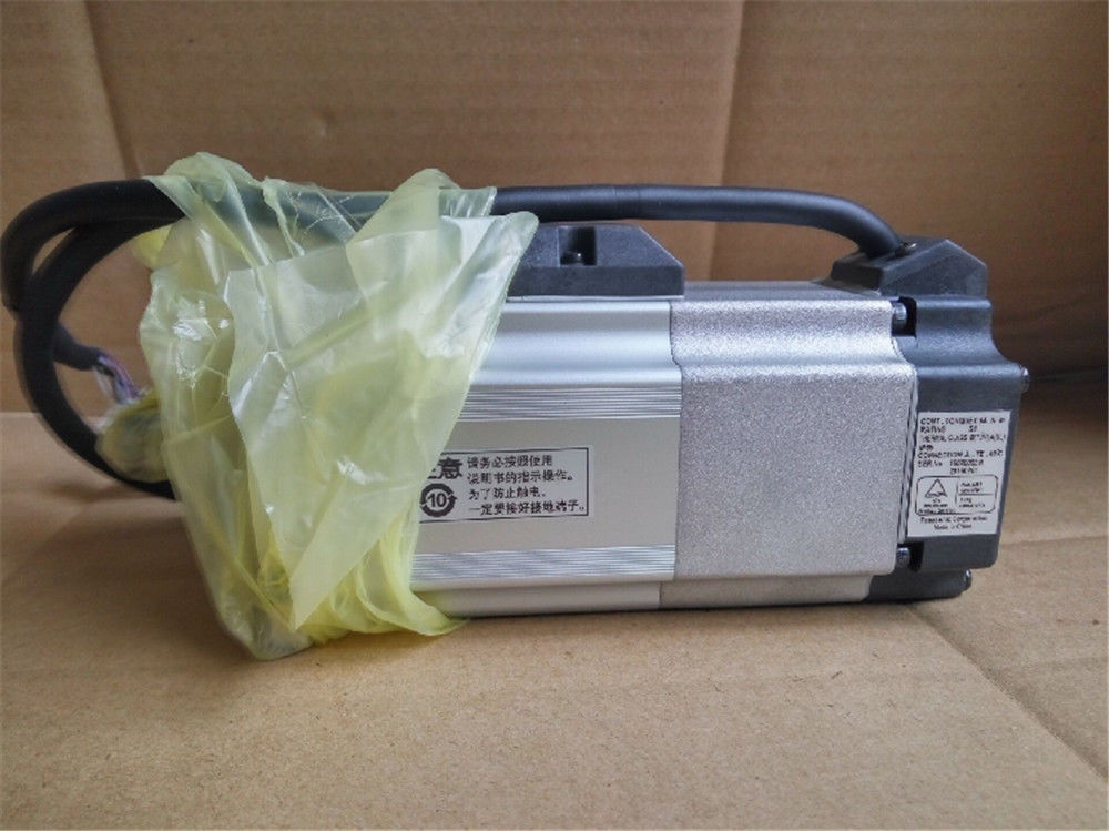 Original NEW PANASONIC AC Servo motor MHMD022P1T in box