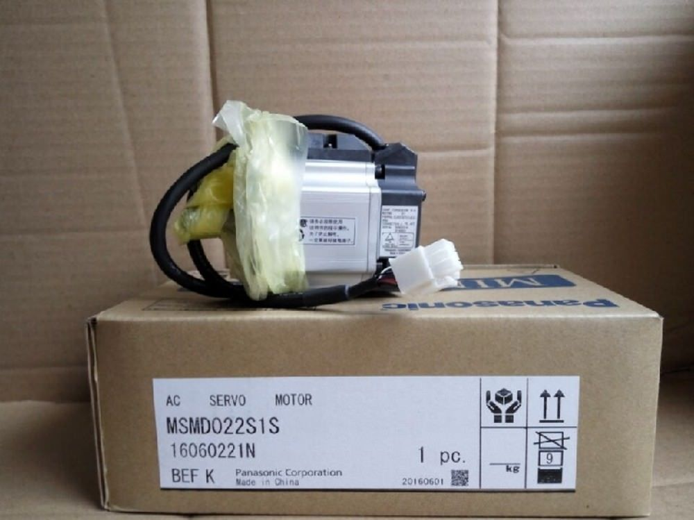 Brand NEW PANASONIC AC Servo motor MSMD022S1S in box