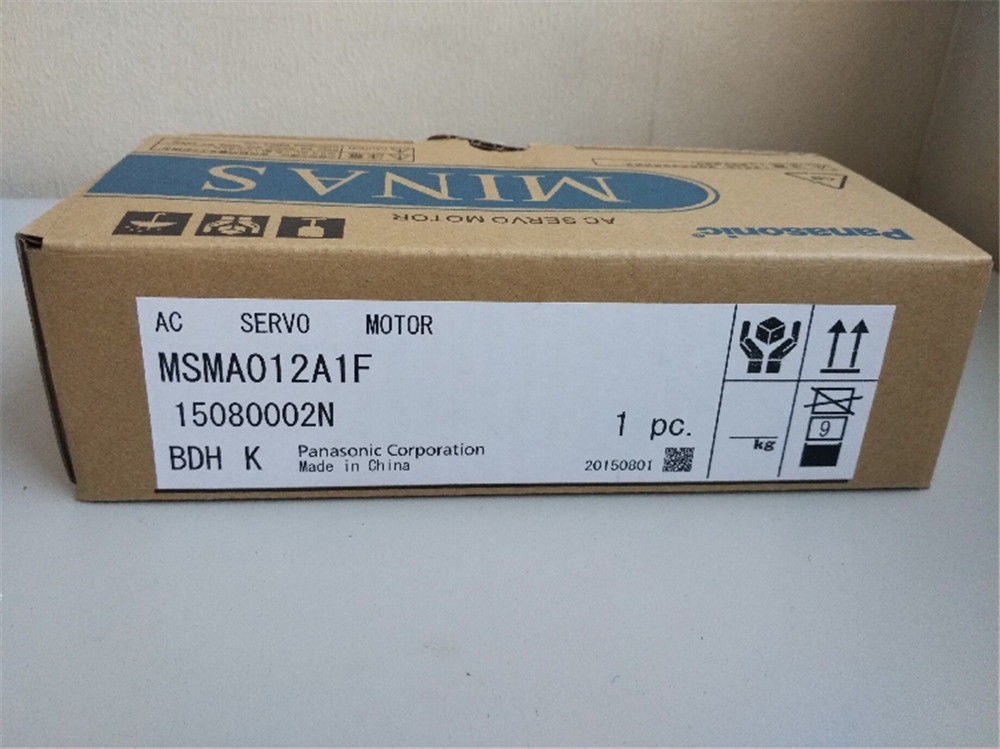 100% NEW PANASONIC Servo motor MSMA012A1F in box