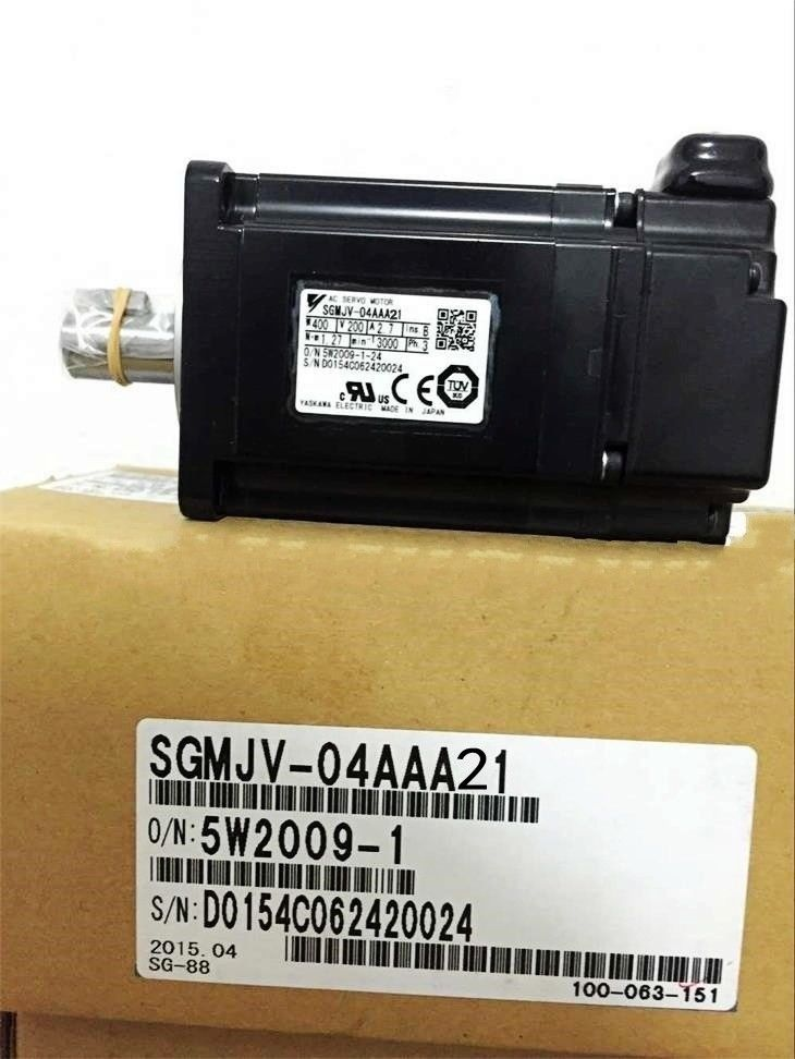 NEW YASKAWA SERVO MOTOR SGMJV-04AAA21 IN BOX