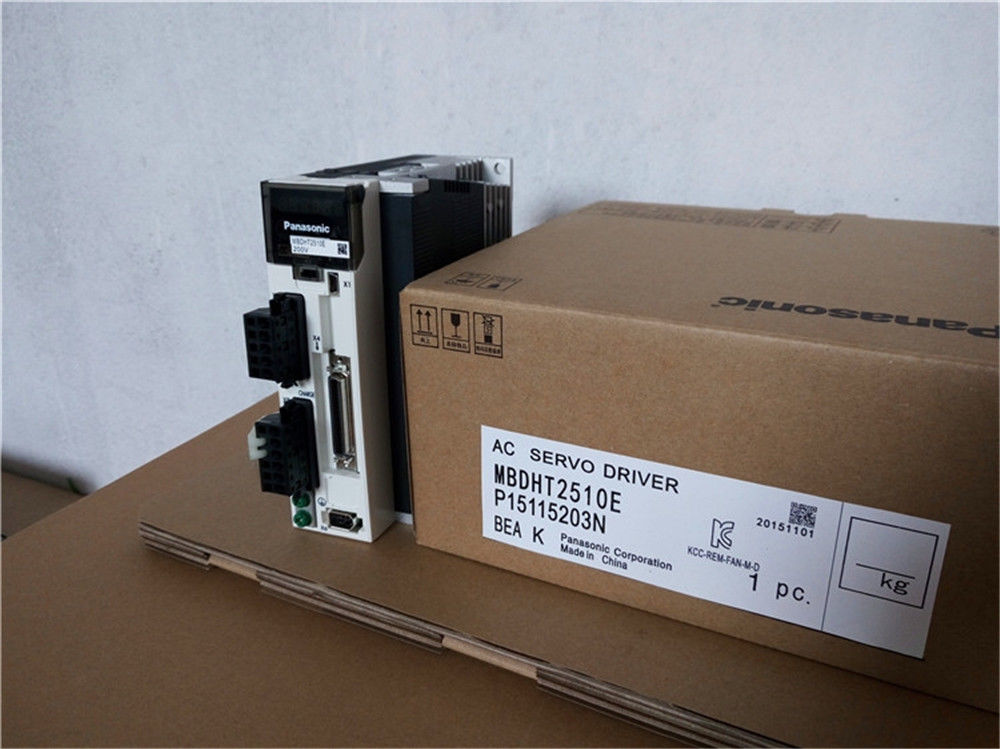100% NEW PANASONIC AC Servo drive MBDHT2510E in box