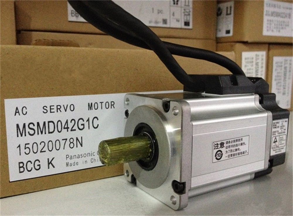100% NEW PANASONIC AC Servo Motor MSMD042G1C in box
