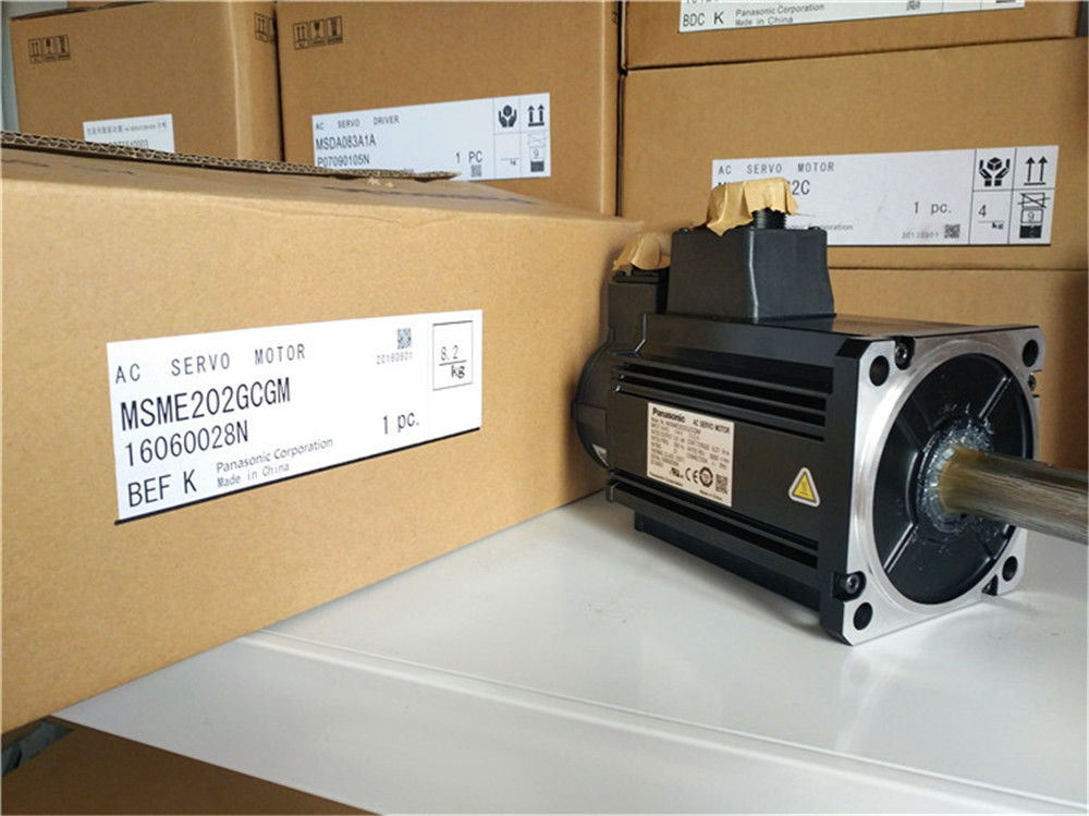Brand NEW PANASONIC AC Servo motor MSME202GCGM in box