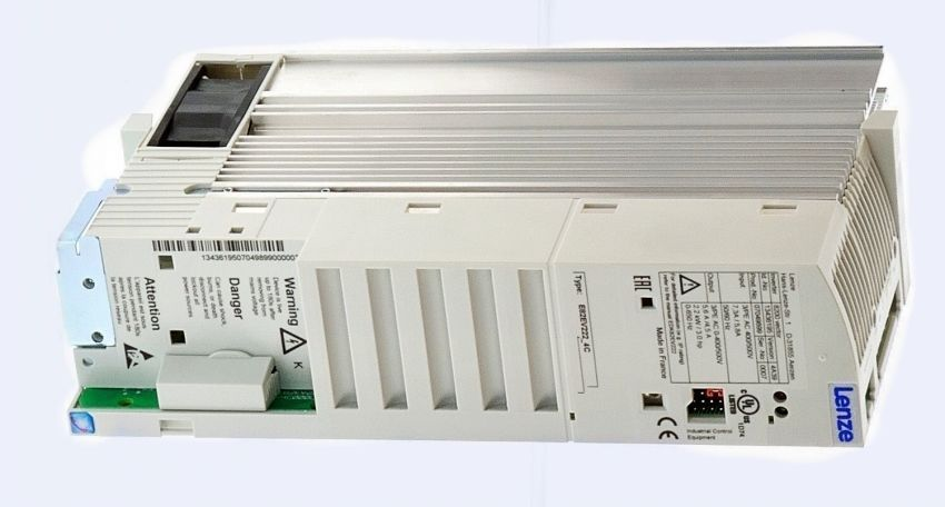 Genuine Lenze Inverter E82EV222K4C E82EV222_4C 2.2KW in new box